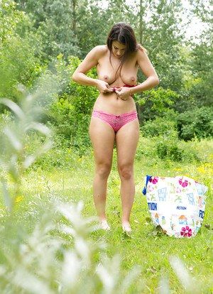 Outdoor Sex Pictures